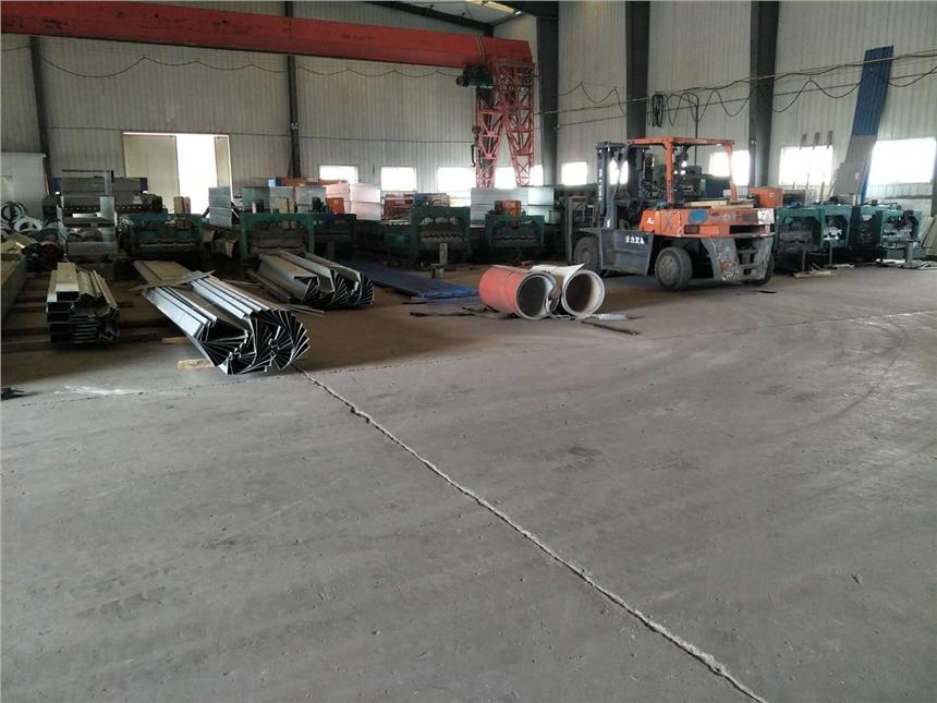 錫林郭勒盟YX-48-200-600樓承板廠家
