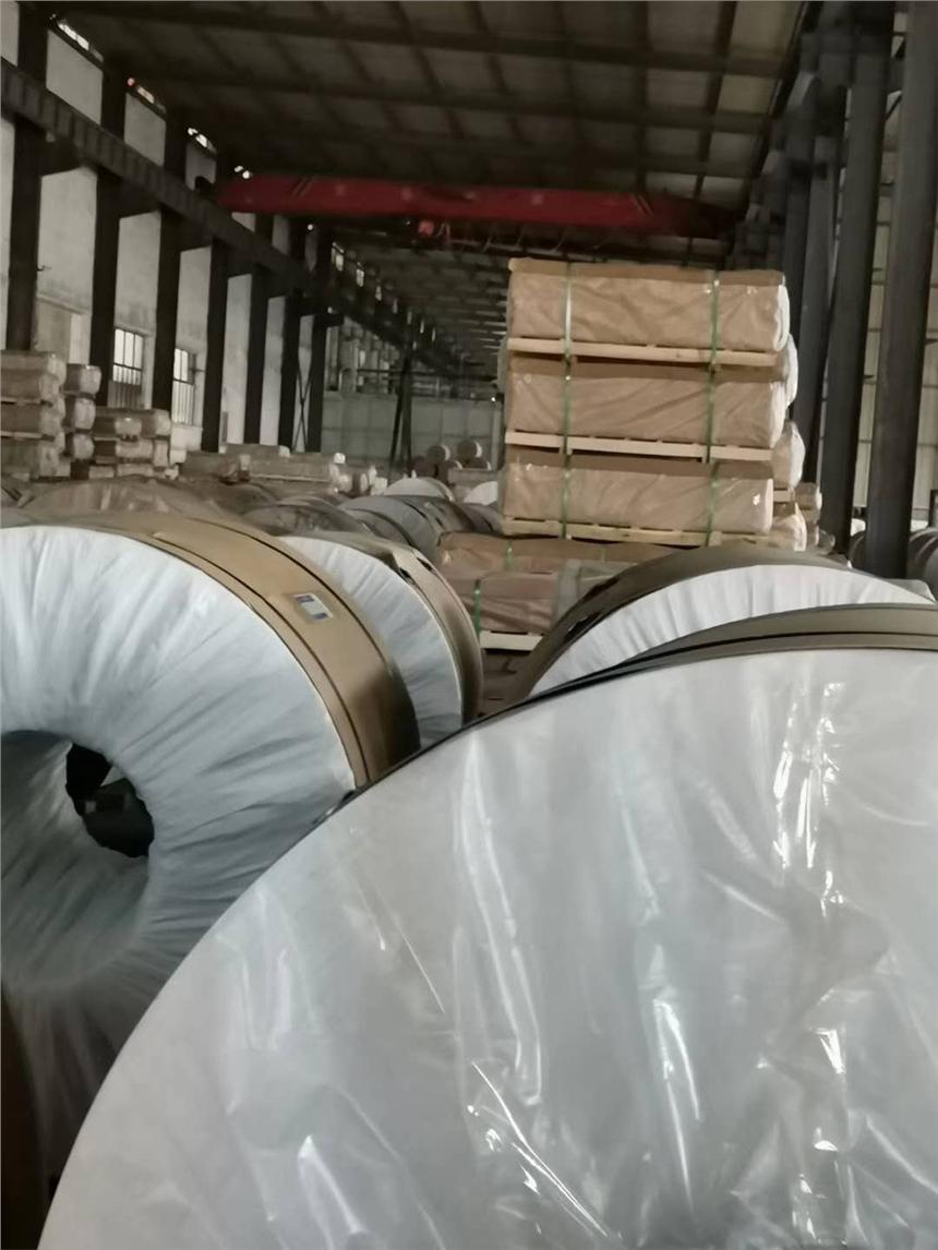 威海3003大口徑鋁方管現貨銷售