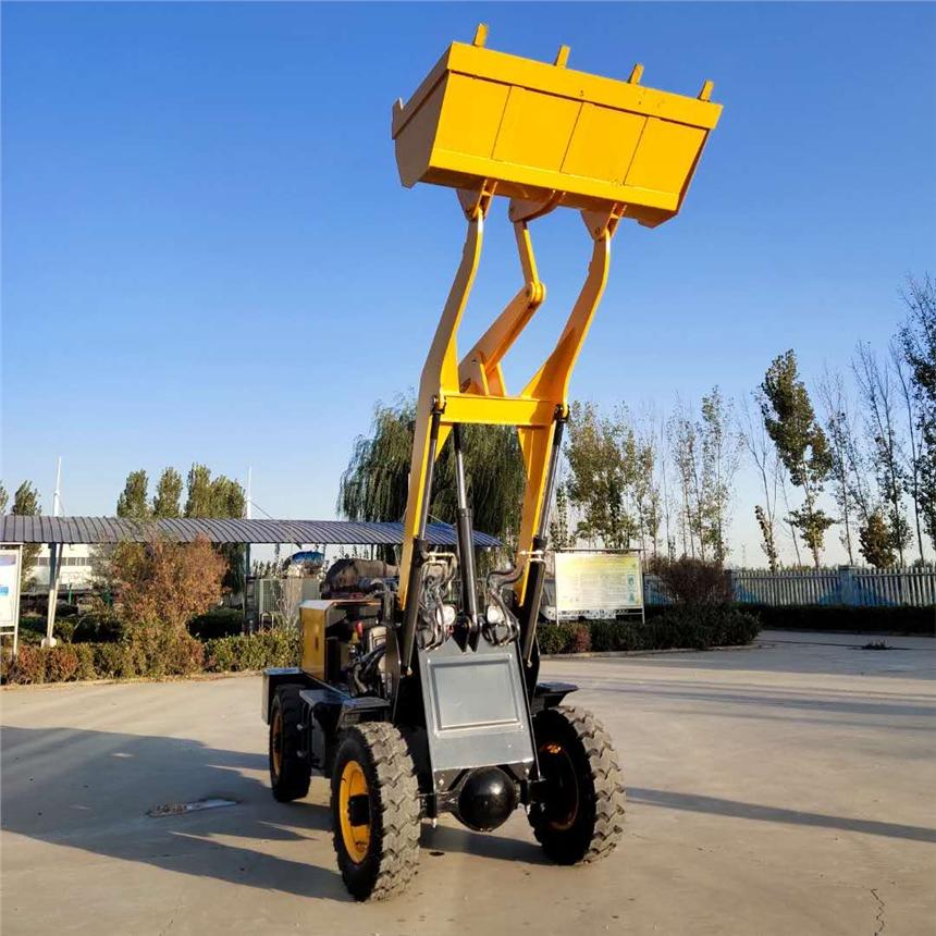 新聞:龍巖地下室矮棚裝載機自動擋矮腳虎裝載機生產廠家