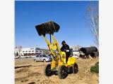 新聞:綏化電動裝載機電量時間久小鏟車去哪里購買