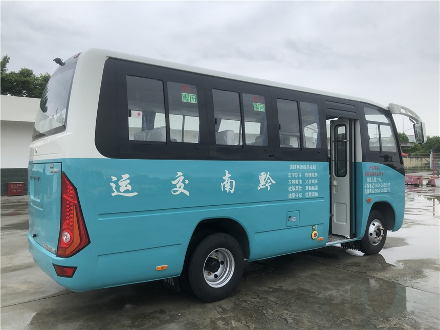 銅陵東風19座客車 19座公路車價格