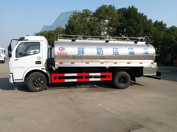 黑龍江國六5噸純凈水運輸罐車