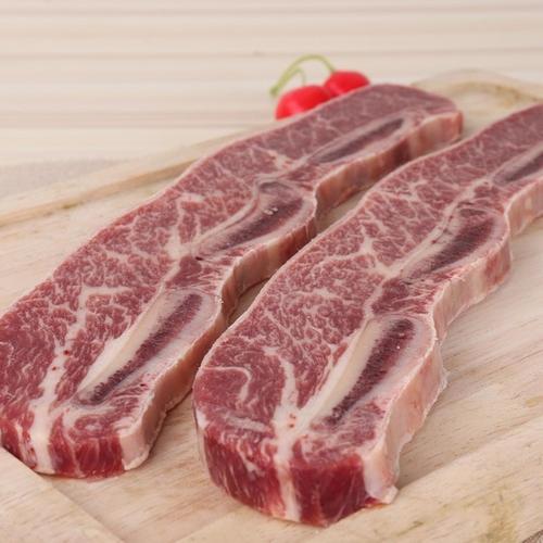 盐田码头冷冻猪肉进口报关代理国内资质