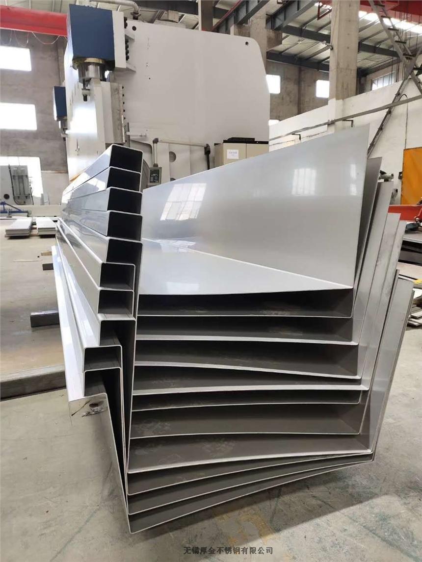 山東聊城高鐵專用不銹鋼天溝加工廠家