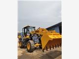935裝載機 中首重工載重兩噸的鏟車