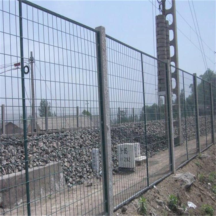 淄博动车铁路防护栅栏网