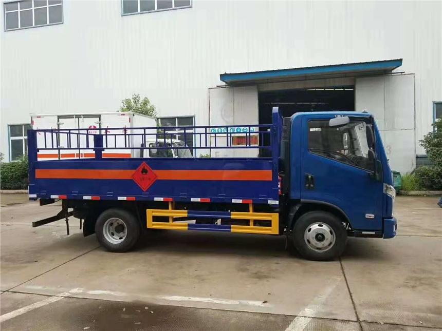 广东省恩平市东风天龙前四后八9.4米危废运输车厂家价格
