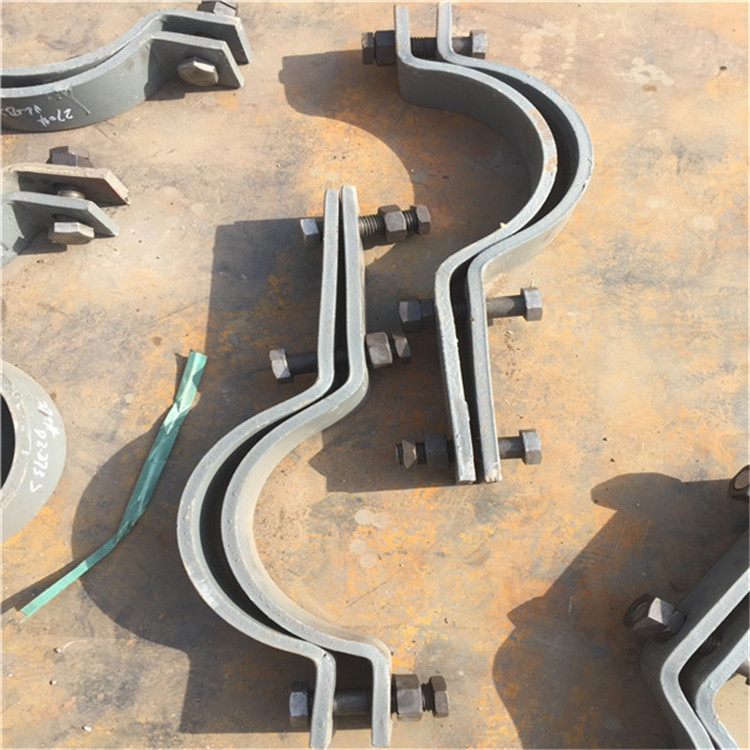 延信直供鍍鋅扁鋼型管夾 三孔管夾102120133