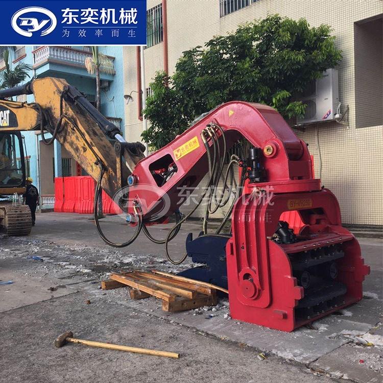 也將足打樁設備發展的必然趨勢。施工打樁機震上水泥磚塊