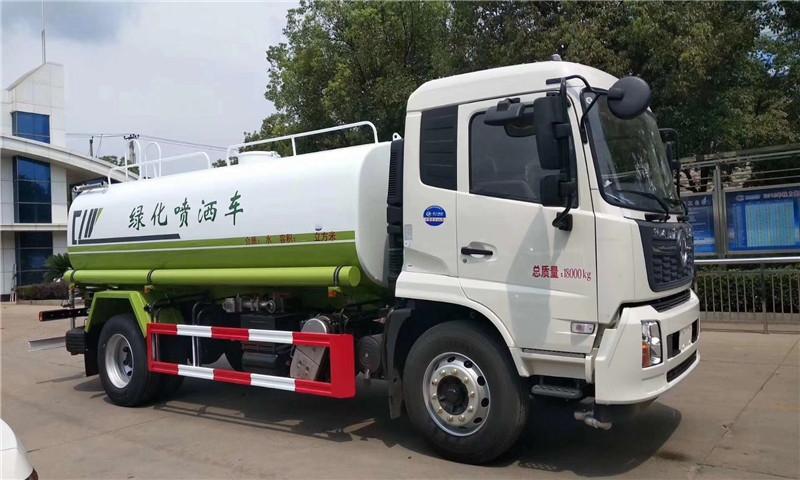 广东珠海东风多利卡洒水车价格来电咨询