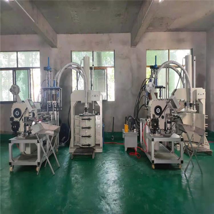 山東新中小型結構膠灌裝生產設備
