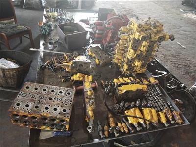 姚安縣小松PC230LC-8N1挖掘機液壓泵沒勁方法有哪些