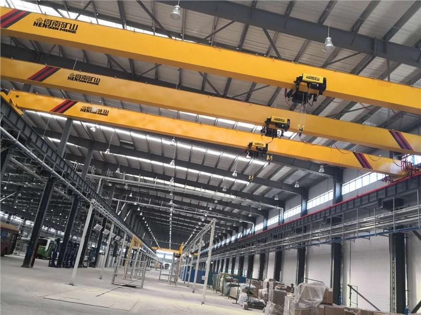 雅安60吨19.5米龙门起重机:【河南矿山】联系方式