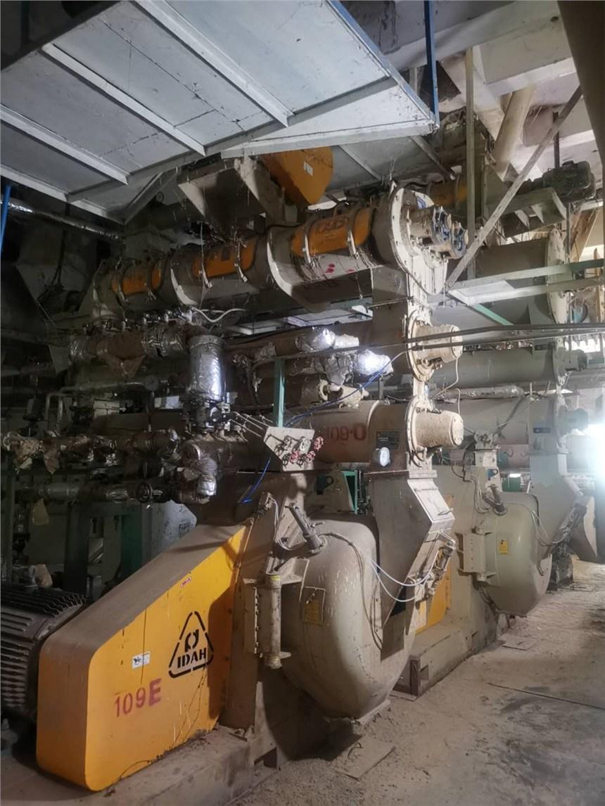 衡陽飼料公司哪里供應 二手飼料生產設備18臺二手飼料設備