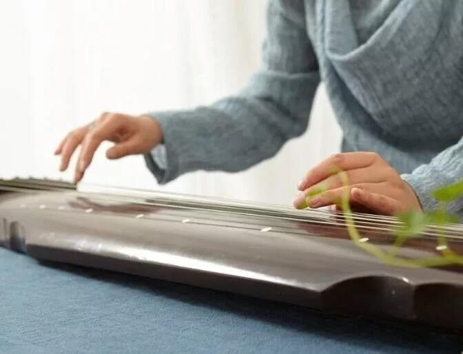 做合格的古琴老师可真不是一件简单的事情