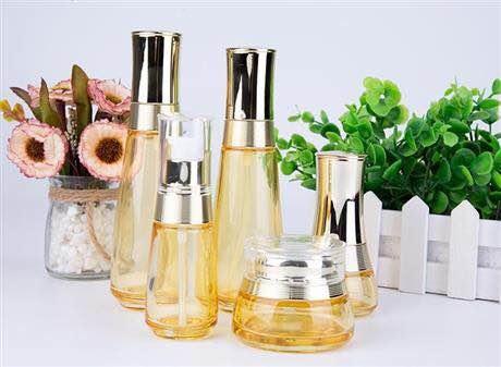 生产化妆品玻璃瓶厂