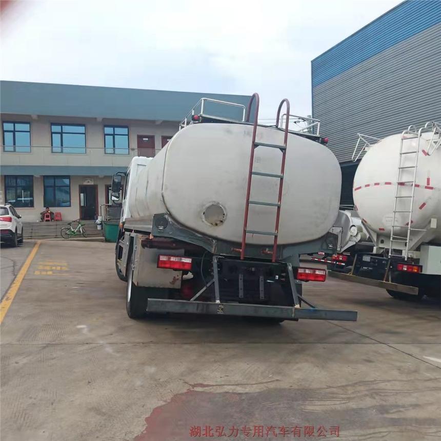 江苏食用油运输车饮料运输车质量保证价格实惠