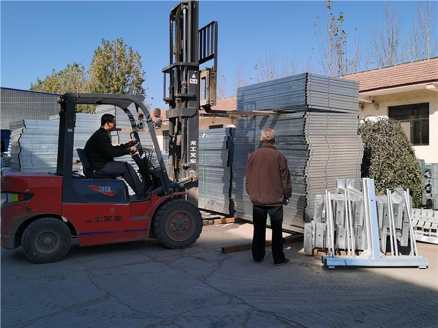 寧津華遠電動吊籃生產銷售廠家