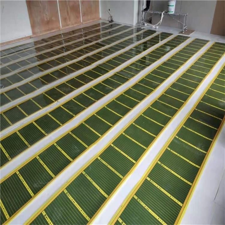 地板下直接安装地暖,干式施工