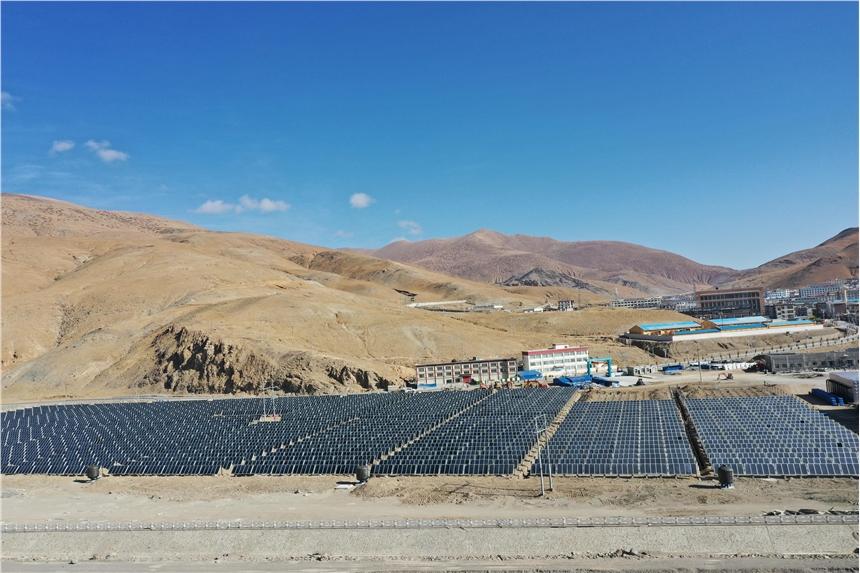寧夏政府供暖供水酒店學校公寓工廠用太陽能平板集熱器
