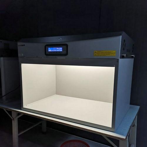 宁波大型不锈钢金属吧台浅谈水波纹不锈钢接待台与空间的关系