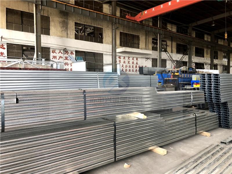 河南省河南省高立面鋁鎂錳屋面板施工