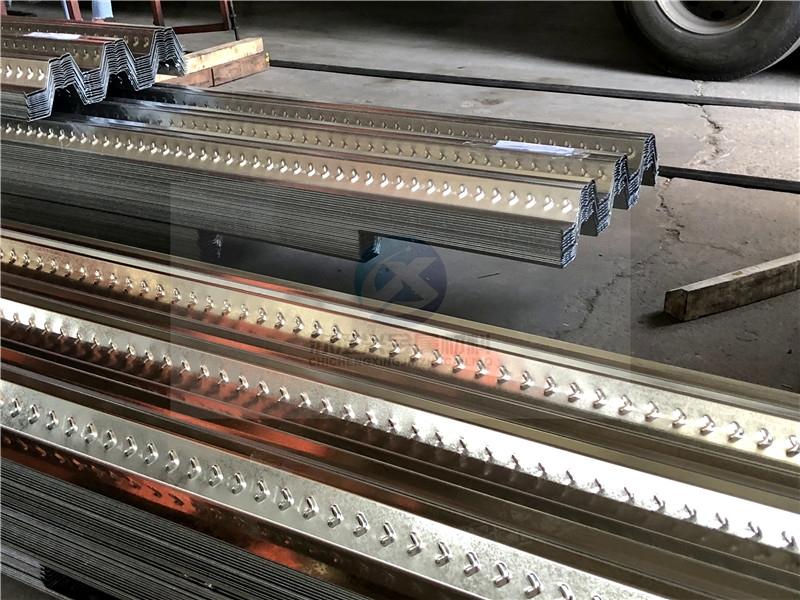鄭州市YX76-295-880開口式樓承板厚度有哪些