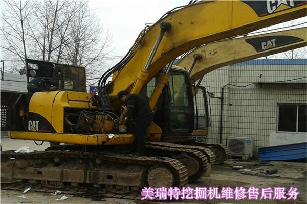 巫山小松挖掘机维修回转马达咨询电话