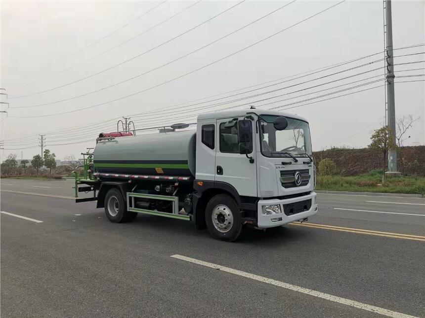 東風多利卡D9灑水車價格 -多功能灑水車價格 -灑水車配件