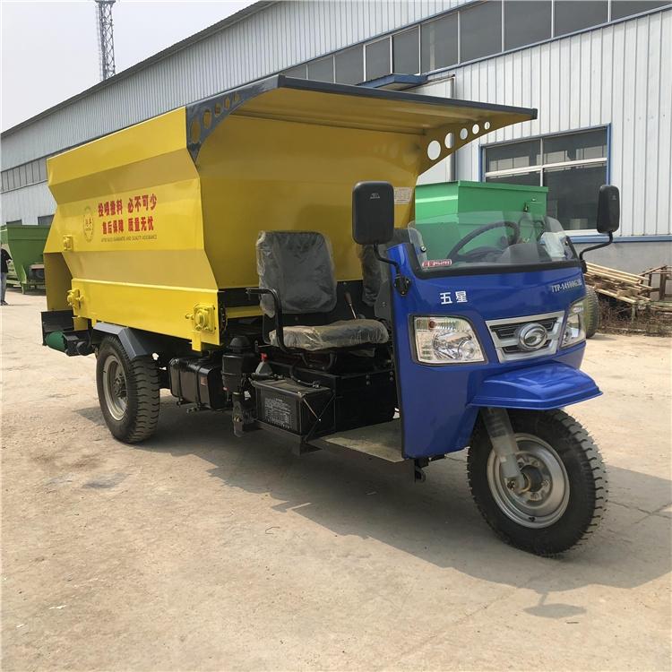 上海棚圈養殖撒料車撒料車使用常識