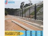 供应不锈钢护栏 学校铝合金护栏 别墅围墙栅栏 金属围栏价格实惠