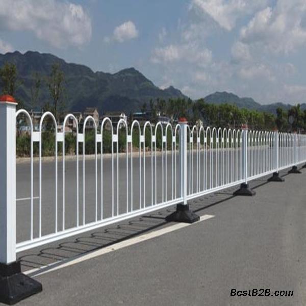 海口交通栏杆定做 儋州机非分隔栏 海南公路护栏厂