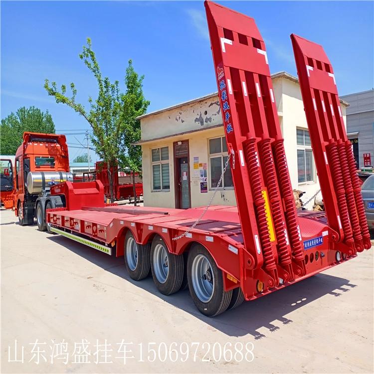 德陽12.5米有3米寬的平板半掛車載重