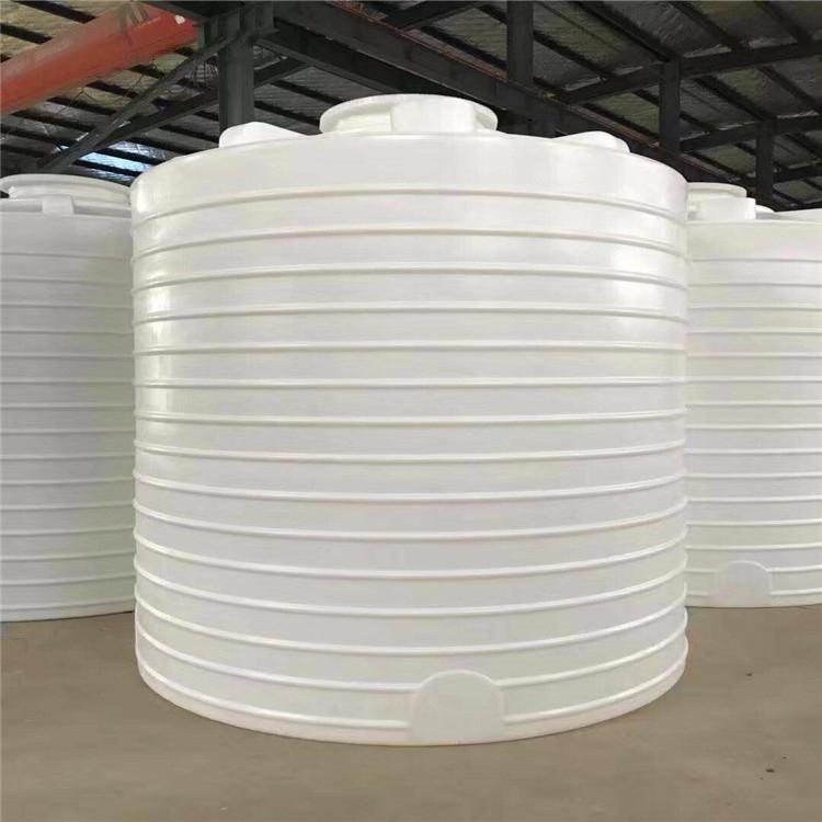 龍泉2噸塑料水塔帶刻度