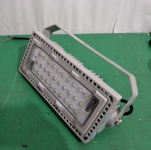 防震型LED投光灯ZH-TL7-L200W