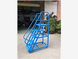 1.2米高加料梯生產廠家 東莞注塑機加料梯定做
