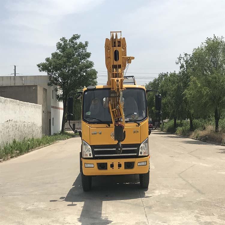 國六解放12噸吊車 自重12噸全液壓吊車 遙控操作 油電兩用