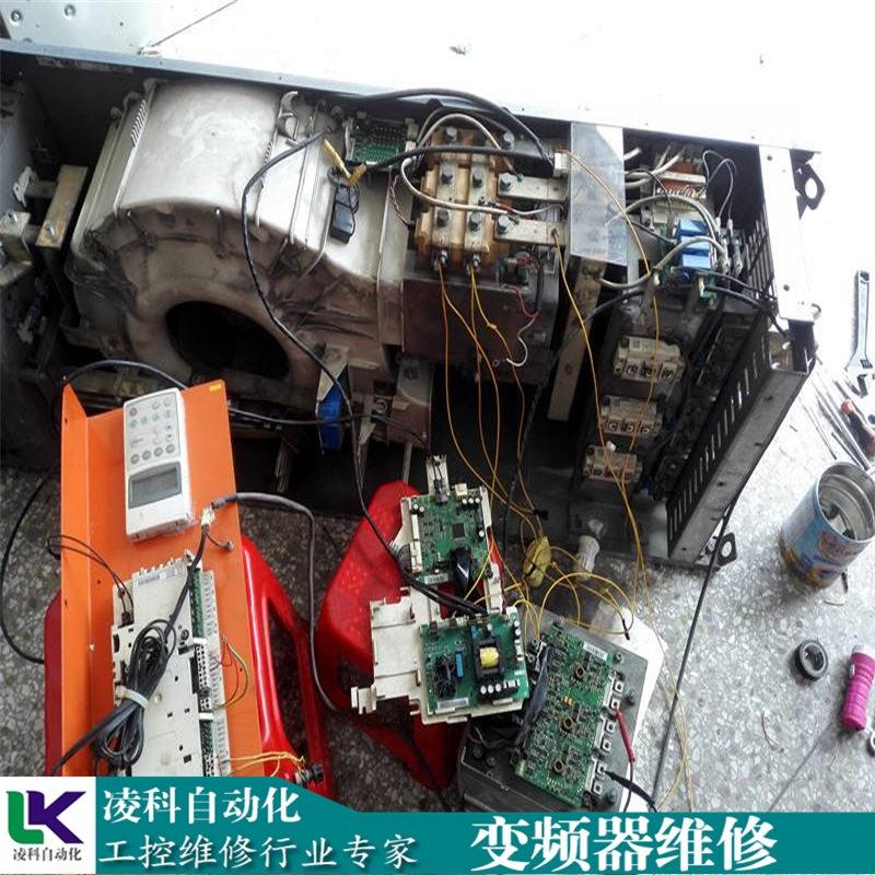 木工�C床F6A9B8D3-698