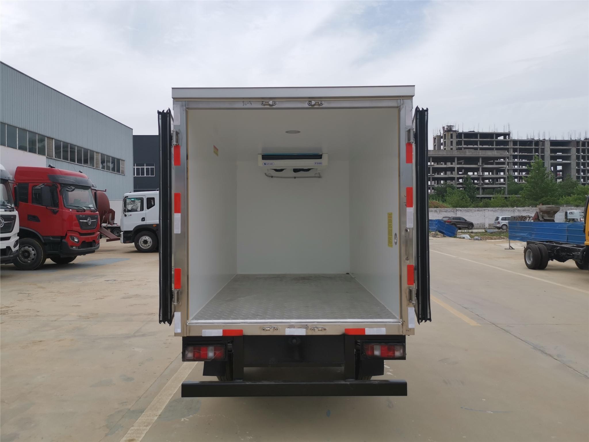 慶鈴五十鈴小型冷藏車廠家供應