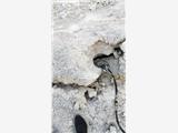 矿山开采膨胀剂太慢该用什么设备快些大型岩石分裂机