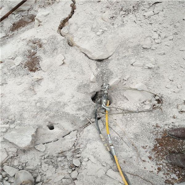 福建晋江修路破石机矿山石头撑石棒低成本设备