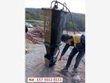 贵州台江硬石头破碎锤打不动用劈裂机-效果视频