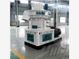 黑龍江90kw560型秸稈顆粒組   秸稈粉碎制粒機  生物顆粒機廠家