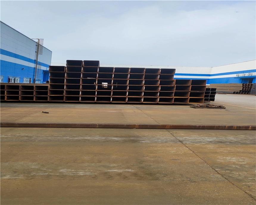 200*150*12規格Q355B方管焊接方管
