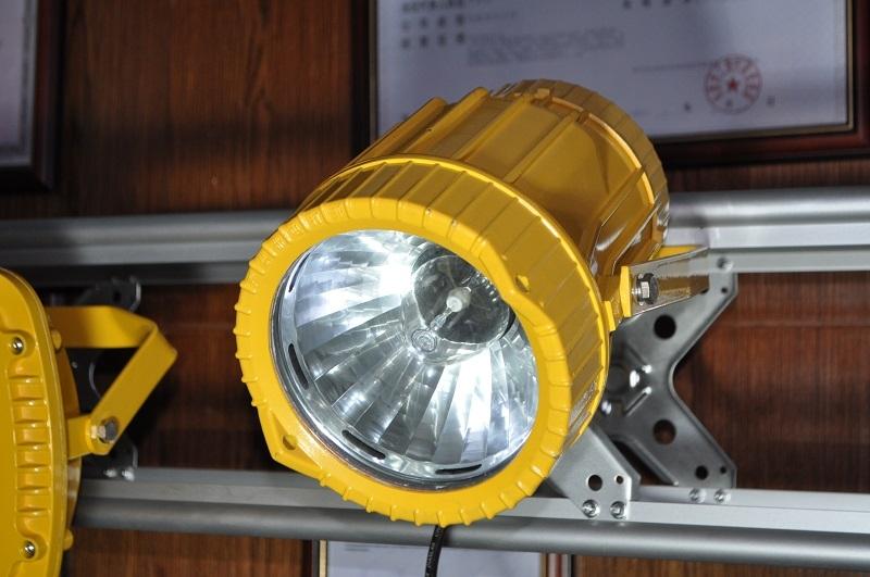 潤光照明-BTC8210防爆投光燈
