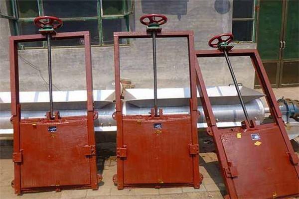 西藏手搖啟閉機鑄鐵閘門西藏2米鑄鐵閘門廠家