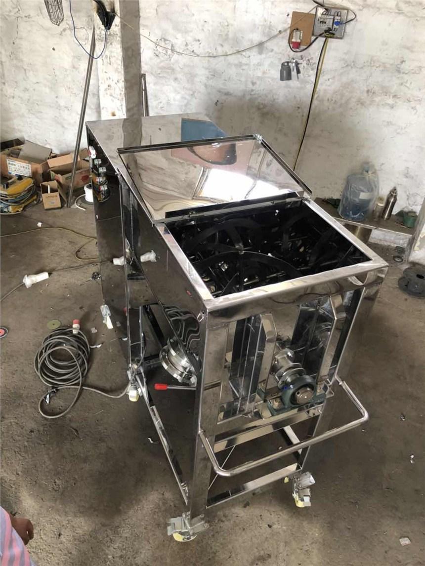 沁县腻子粉陶瓷粉卧式搅拌机不锈钢食品添加剂颗粒拌料罐