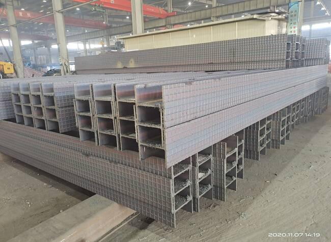 新界鋼結構H型鋼550*300*11*18打孔多少錢