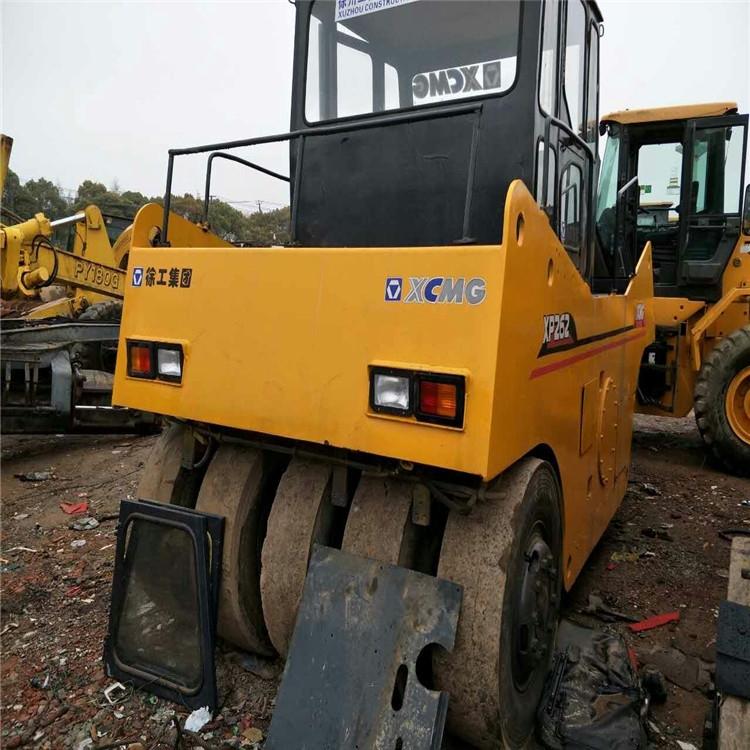 黑龍江二手壓路機市場 出售舊徐工26噸震動壓路機