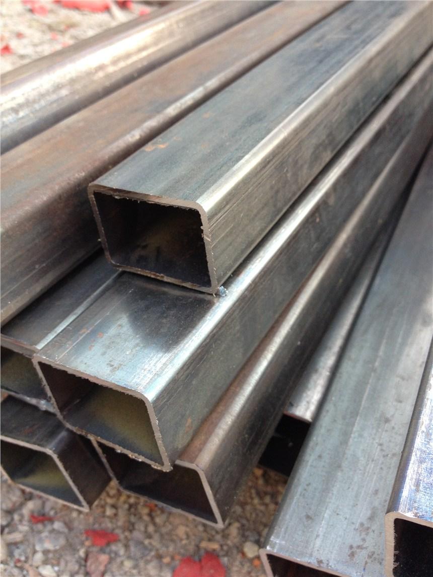 陵水里族自治县白钢铁管现货直发